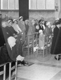 Familiebezoek aan Pater René Decoster