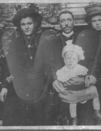 Louis, Madeleine, August, Maurice en Yvonne Lauwereins