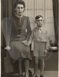 Marie-Josée Meskens met zoon Carlos Dumon