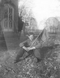 Omer Verhoye als boerenzoon op de hoeve van kasteel Ten Berghe